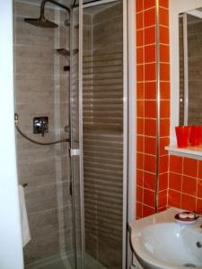 Al Vico n.3, Bed and Breakfasts  Florencie - big - 26