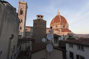 Al Vico n.3, Bed and Breakfasts  Florencie - big - 23
