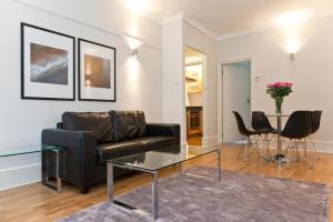 Garrick House Apartment