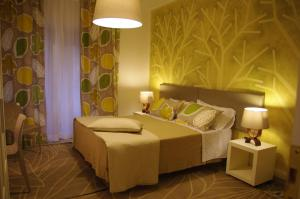 Hotel Reviews: In Roma Life – Pictures, Rates & Deals