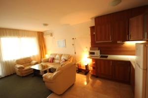 Menada Ravda Apartments, Appartamenti  Ravda - big - 59