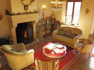 Chambres d'Hôtes Logis de l'Etang de l'Aune, Bed and breakfasts  Iffendic - big - 84