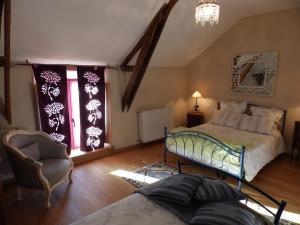 Chambres d'Hôtes Logis de l'Etang de l'Aune, Bed and breakfasts  Iffendic - big - 27