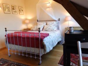 Chambres d'Hôtes Logis de l'Etang de l'Aune, Bed and breakfasts  Iffendic - big - 35