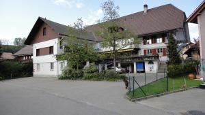 Landgasthof-Hotel Adler, Hotels  Langnau - big - 30