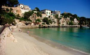 Casa a 100 metros de la playa, Ferienhäuser  Porto Cristo - big - 1