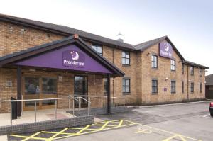 Лланелли - Premier Inn Llanelli Central West