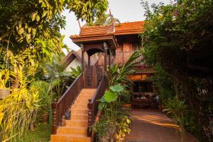 Golden Teak Home Resort