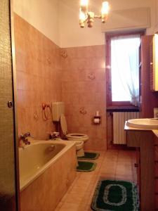La Taverna del Roero, Apartments  Santa Vittoria d'Alba - big - 8