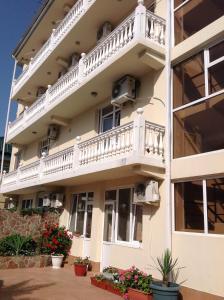 Albertino Udacha Guest House