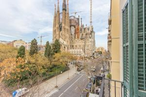 Lucky Sagrada Familia
