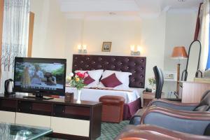 Yangon Good Time Hotel