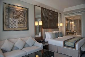 Luxury King Room With Burj View