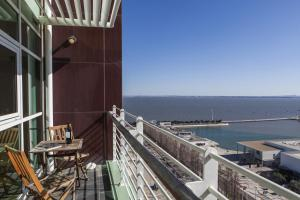 Rent4Rest Lisbon Expo Apartment River View
