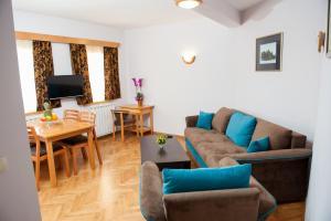 Villa Romantika, Apartmány  Zlatibor - big - 15