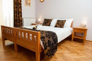 Villa Romantika, Apartmány  Zlatibor - big - 44