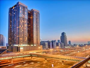 Mercure Dubai Barsha Heights Hotel Suites, Дубай
