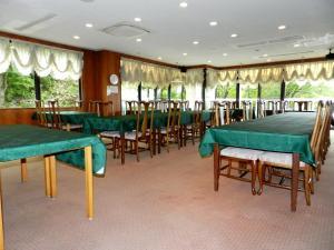 Hotel Largen image