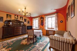 Pension Nostalgie, Guest houses  Český Krumlov - big - 11