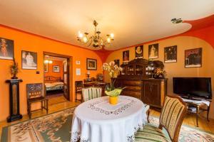 Pension Nostalgie, Guest houses  Český Krumlov - big - 13