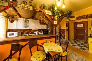 Pension Nostalgie, Guest houses  Český Krumlov - big - 39