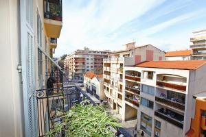 Apartment Flore