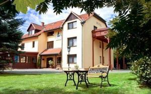 柯南尼伽尔尼酒店  (Garni-Hotel Kranich)