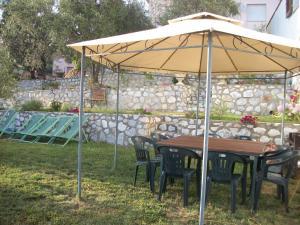 Villa Tre Fontane, Дома для отпуска  Massarosa - big - 4