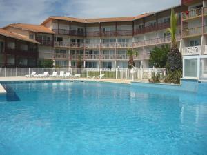 Appartements à côté Lac Marin de Port d'Albret, Apartments  Vieux-Boucau-les-Bains - big - 1