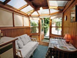 Gordon Cottage