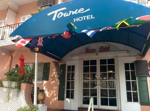 Нассау - Towne Hotel