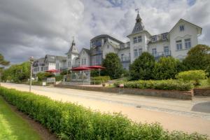 Hotel Asgard's Meereswarte, Apartmanok  Zinnowitz - big - 1