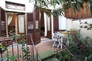 Appartamento Con Giardino, Apartmány  Florencia - big - 27