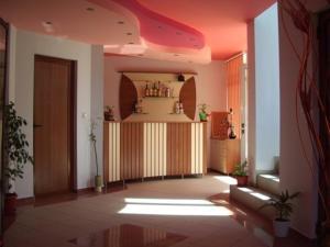 Vanessa Family Hotel, Отели  Равда - big - 16