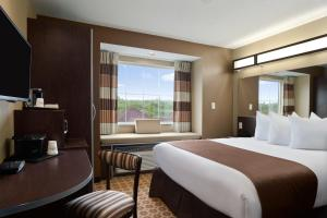Microtel Inn and Suites Fairmont
