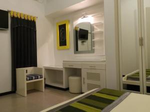 Tour Rest Inn Maldives, Vendégházak  Malé - big - 29
