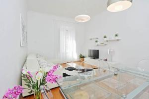 Cozy Domus My Extra Home