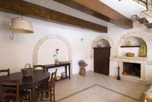Masseria Parco D'Albero, Apartments  Noci - big - 13