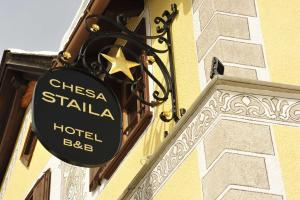 Chesa Staila Hotel - B&B, Bed and Breakfasts  La Punt-Chamues-ch - big - 47