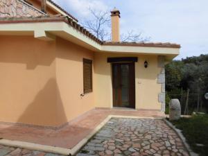 Villa Lucheria, Дома для отпуска  Loceri - big - 12