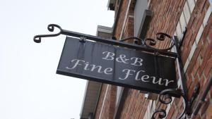 B&B-Fine Fleur, Bed and Breakfasts  Zottegem - big - 1