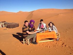 Marhaba Camp, Camel & Sandboarding, Zelt-Lodges  Merzouga - big - 59