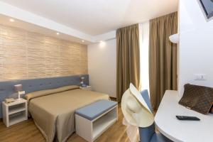 Hotel Touring, Hotely  Lido di Jesolo - big - 1