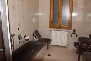 House in Caramagna, Apartments  Imperia - big - 7