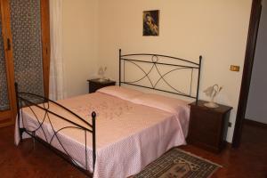House in Caramagna, Apartments  Imperia - big - 17