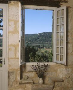 Les Milandes, Case vacanze  Envaux - big - 4