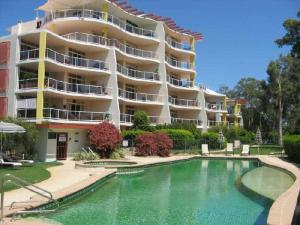 Magnolia Lane Apartments - Twin Waters, Queensland, Australia