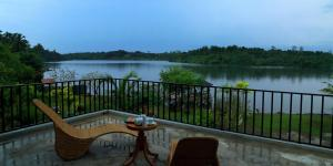 布卢曼哥夫别墅酒店 (Blue Mangrove Villa)