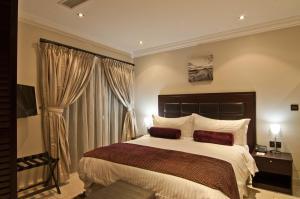 Абуджа - L'eola Suites
