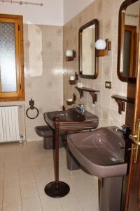 House in Caramagna, Apartments  Imperia - big - 24